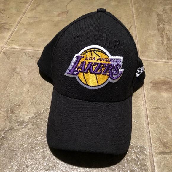 New Era Lakers hat small medium c06207f4572